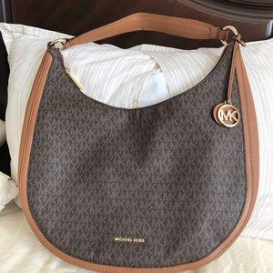 Michael Kors Lydia Shoulder Bag.